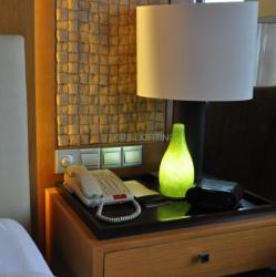 Ahorro de energía y control wifi bluetooth lámpara de mesa para la decoración del hogar y la iluminación