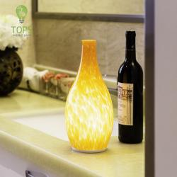 china Estilo Europeu Profissional Produzido sem fio LED Samrt Table Lamp do fabricante