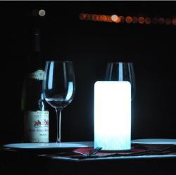 china Lâmpadas de sal prova sem fio recarregável estilo tiffany água rocha 1,5 watt do fabricante