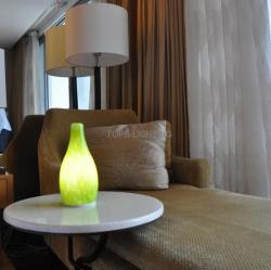 china 2014 new design 3000MA modern decorative desk light movible hotel LED Lamp manufacturer
