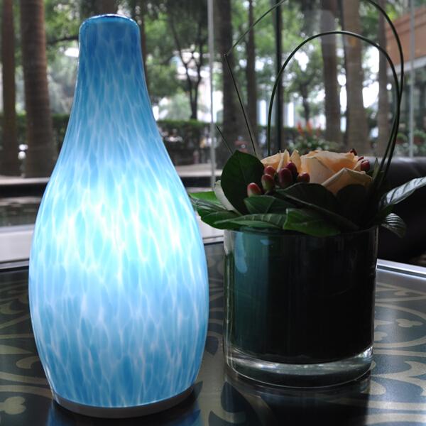 china Bottle Shape Cordless Table Lamp proveedor