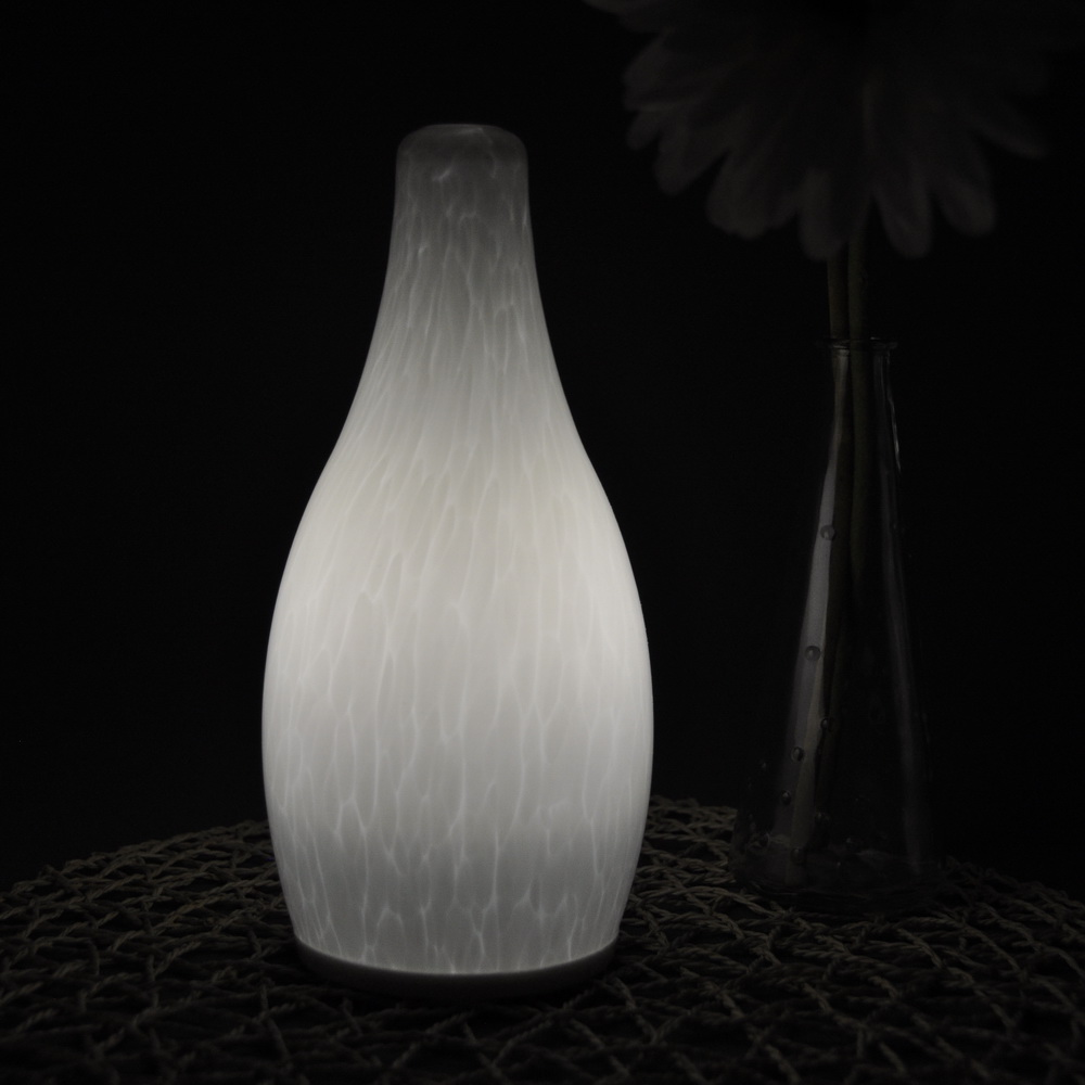 china Rechargeable cordless LED restaurant table lamp fornecedor