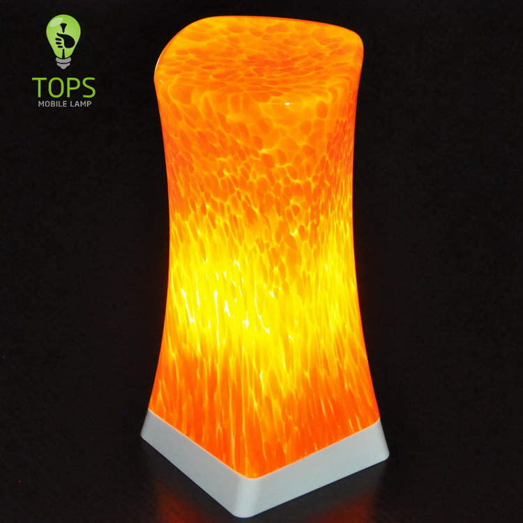 china Warm Orange Colour Rechargeable LED Candles fornecedor