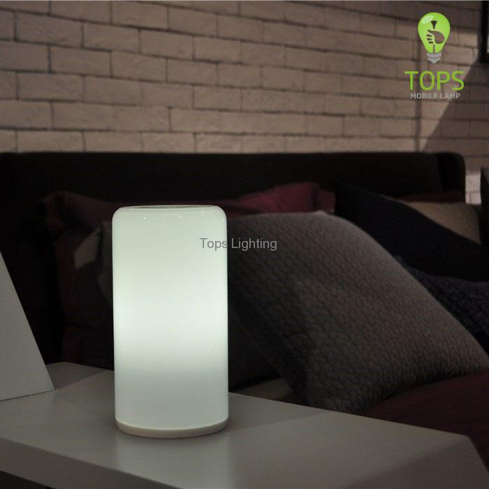china Fashion Style New Technology LED Wifi Table Lamp supplier