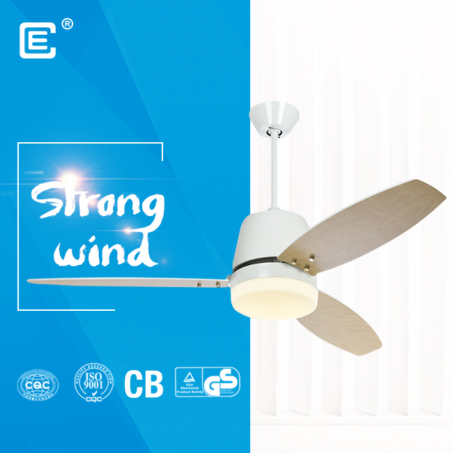 china 220V 52 inch ceiling fan with light and remote and Bluetooth app fournisseur